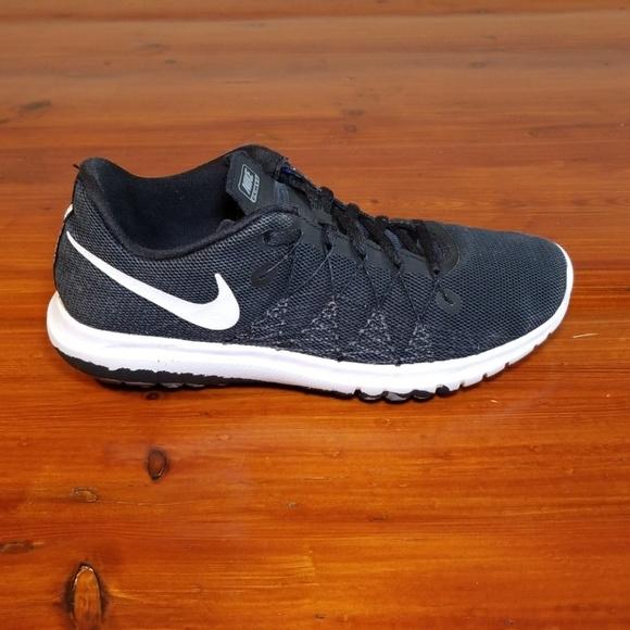 6b6bbc1f1f56 Nike Flex Fury 2 Size 5.5Y. M 5c30344ea31c334cd77b7f0e